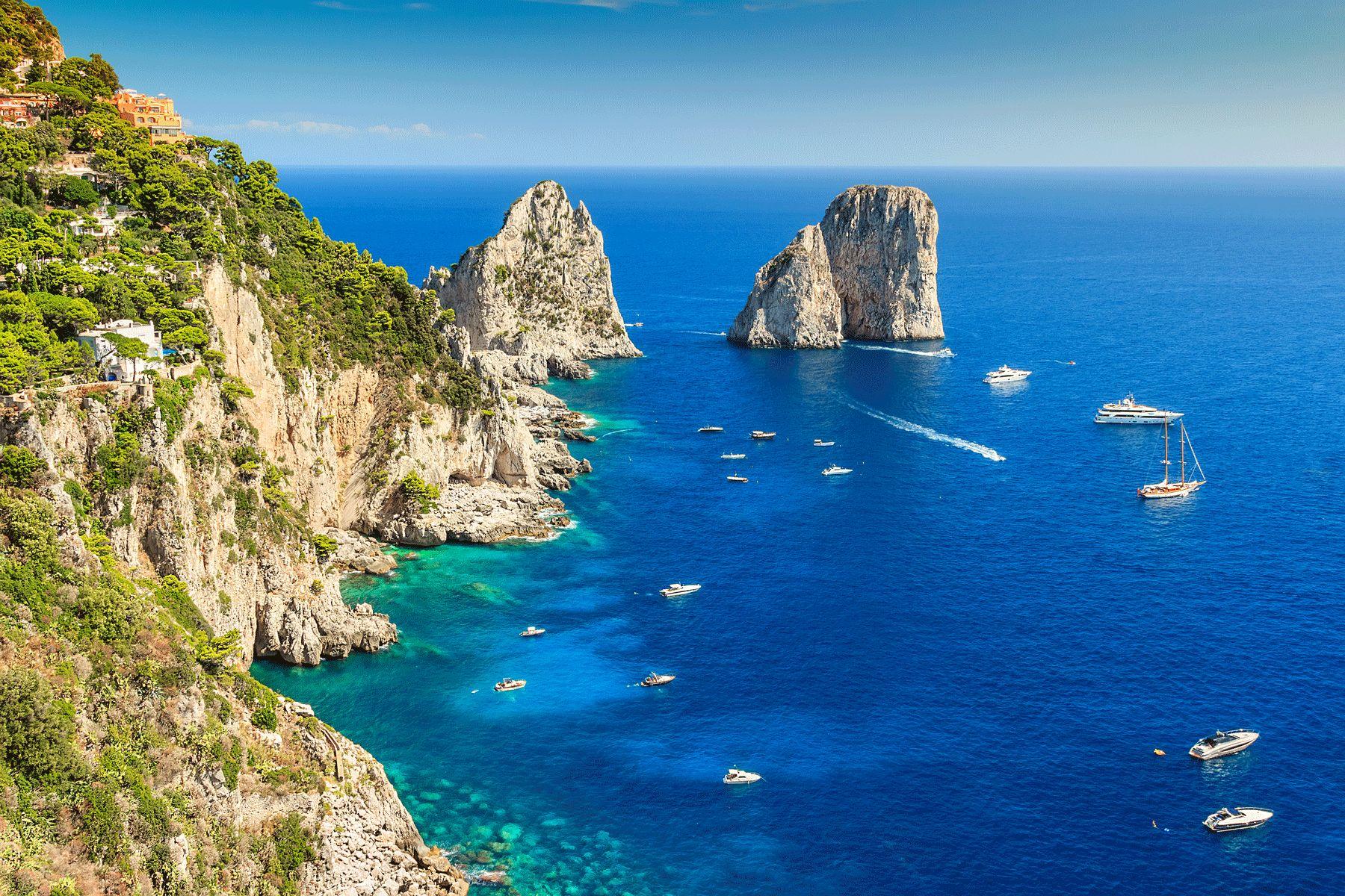 Insel Capri Faraglioni iStock516110847 web