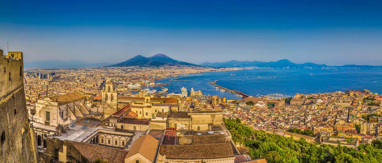 Neapel Vesuv iStock469076624 web