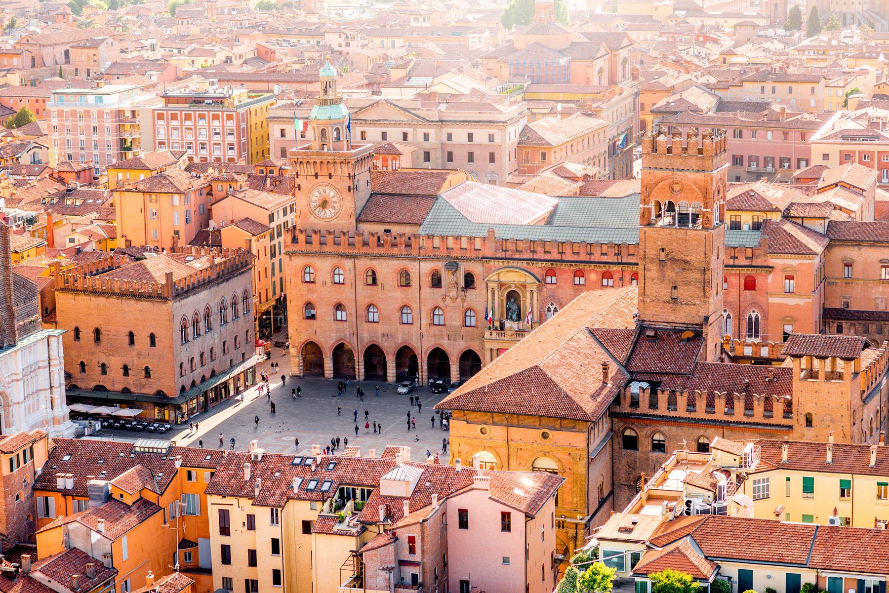Bologna cityscape view iStock 596076562 web